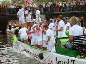 Canal Parade 2003 met Smashing Pink boot